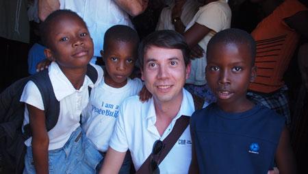 La Asociación de Voluntarios CAM destina 300.000 euros para desarrollar 10 proyectos de cooperación internacional