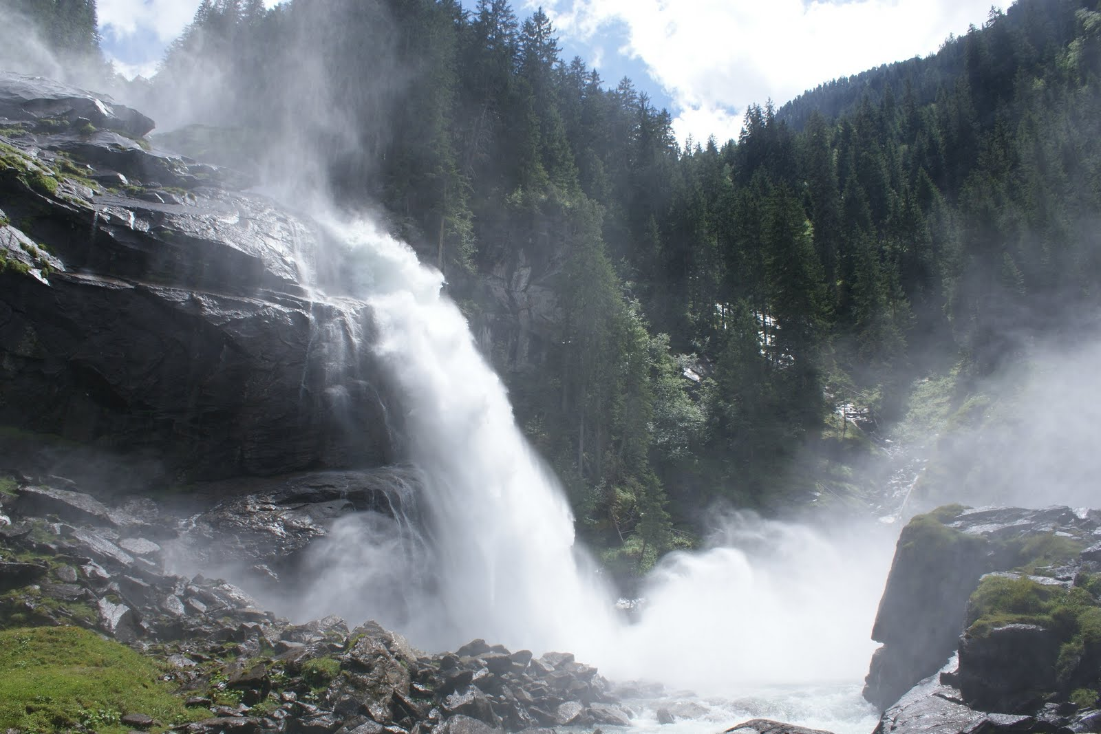 Pension st georg in kaprun die krimmler wasserf lle for Wasserfall mamba
