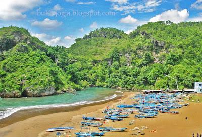 Pantai Baron, Pantai Krakal, Pantai Sundak, Pantai Indrayanti, Gunungkidul