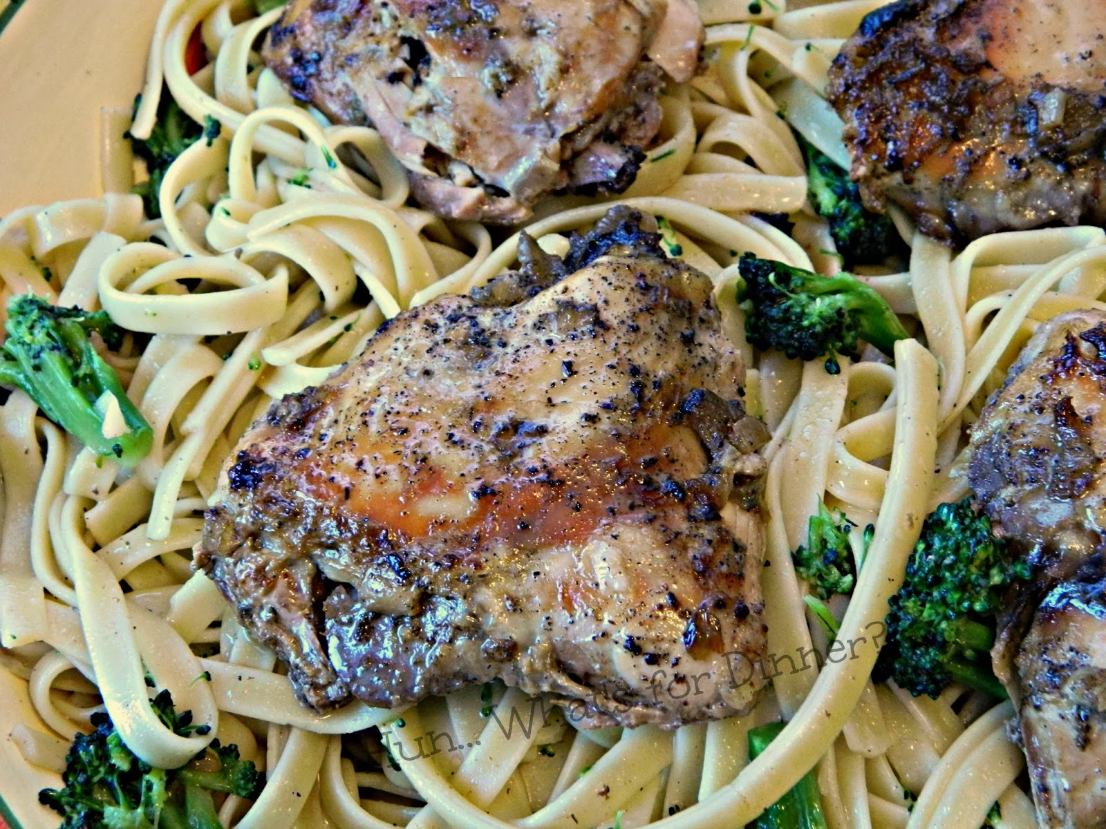 Slow Cooker Tuscan Chicken with Sage. A perfect Paleo meal- www.hunwhatsfordinner.com