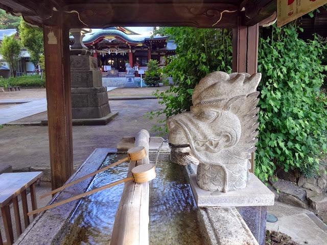 龍の水口,手水舎,氷川神社,東中野〈著作権フリー無料画像〉Free Stock Photos