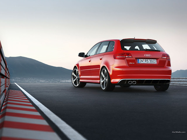 Back picture of new Audi RS3