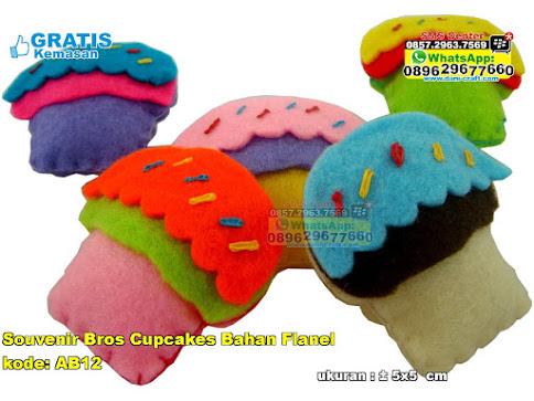 Souvenir Bros Cupcakes Bahan Flanel murah