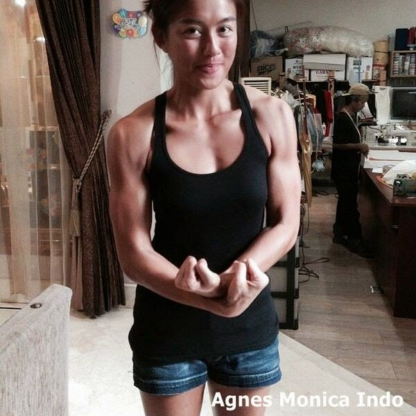 VIDEO SADO AGNES MONICA BERSENAM DI GYM