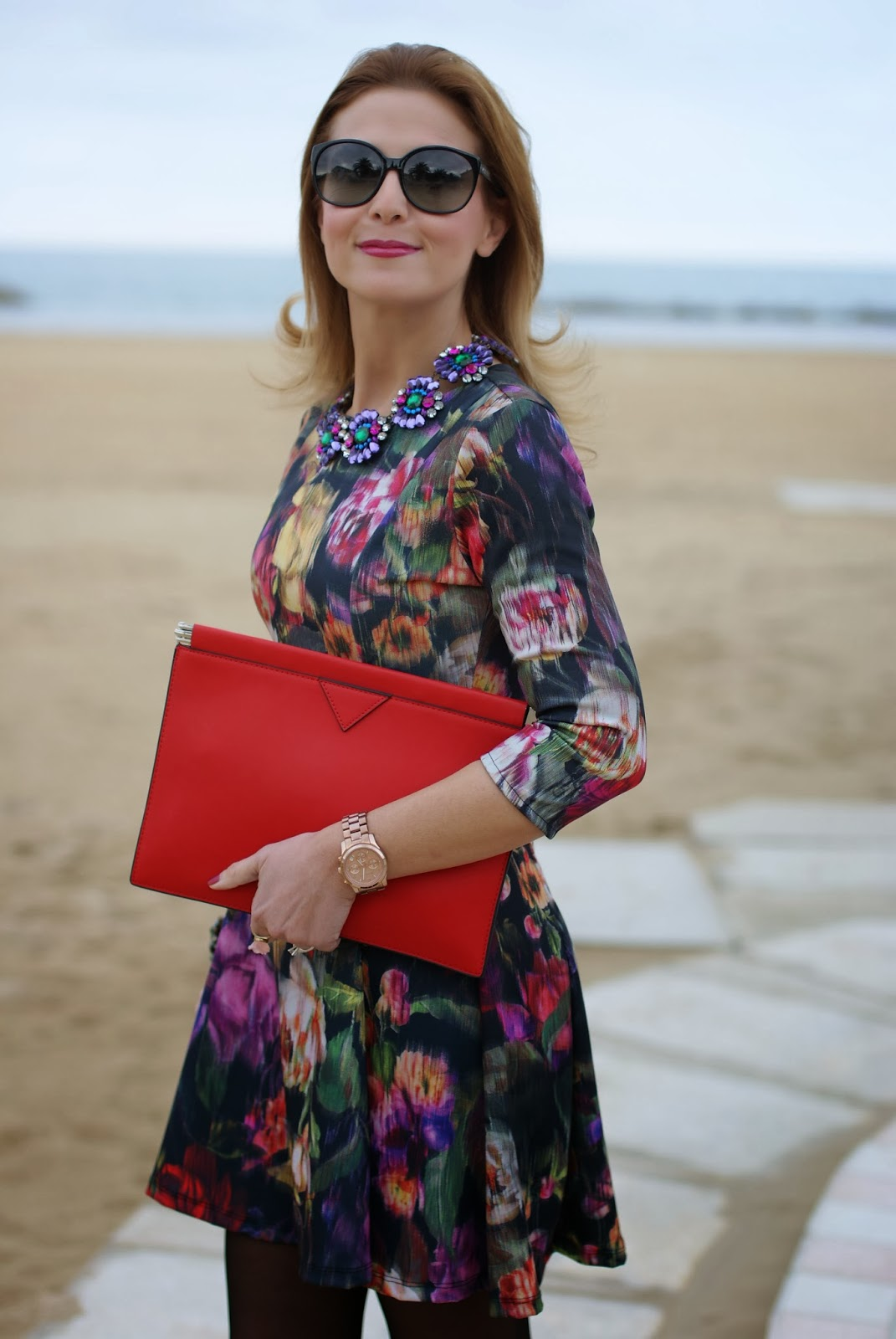floral dress, Zara red clutch, Fabi shoes, Mercantia jewelry, Fashion and Cookies, fashion blogger