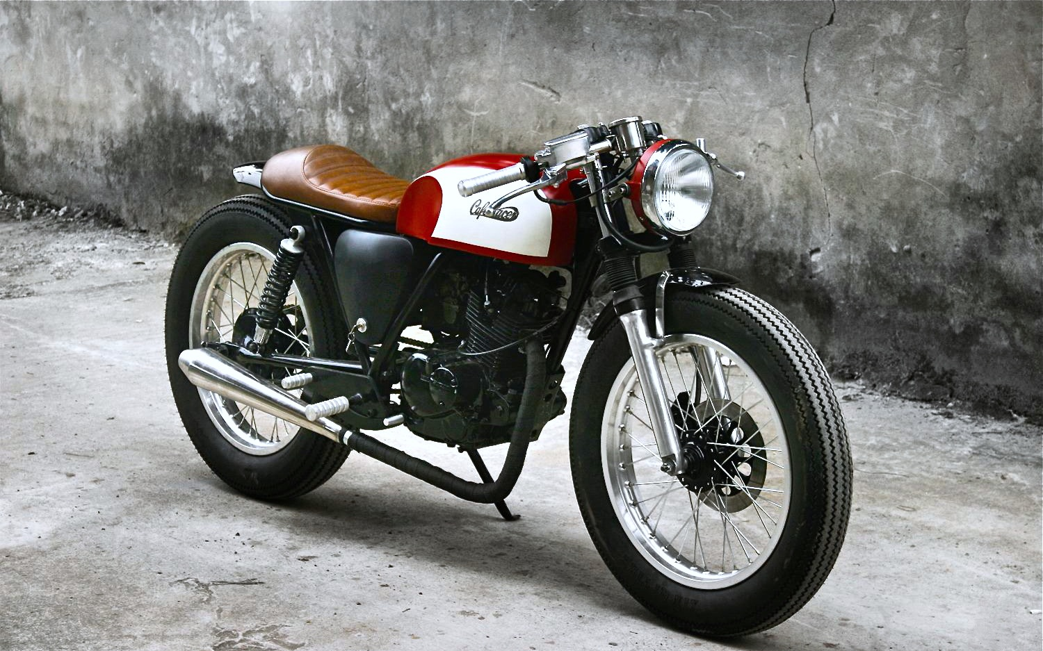Duong Doan S Red Cafe Racer Inazuma Caf 233 Racer