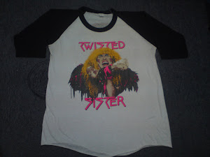 84 TWISTED SISTER 50/50
