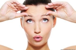 Rugas na testa: evite-as e as suavize | Clínica Weiss | Hugo Weiss Dermatologia