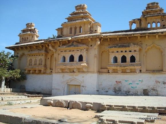gagan mahal old palace anegundi