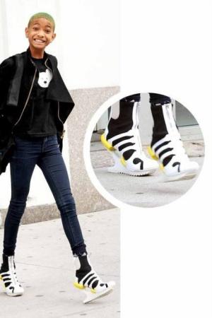 Sepatu Unik Willow Smith