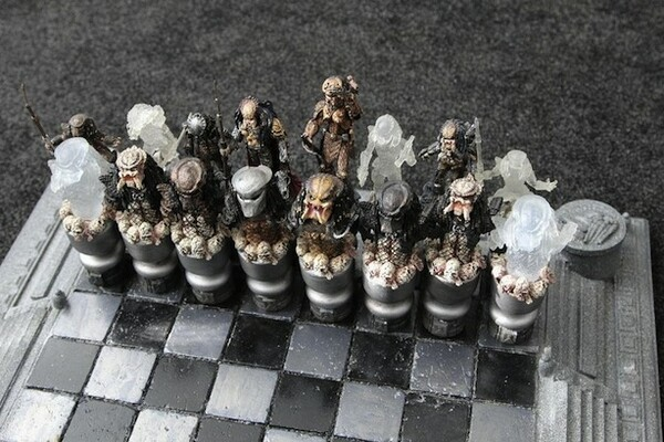 Alien vs. Predator Chess Set