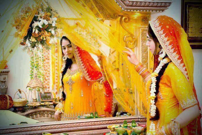 Mehndi Function Dresses : Latest trendy bridal dresses for mehndi function girls the