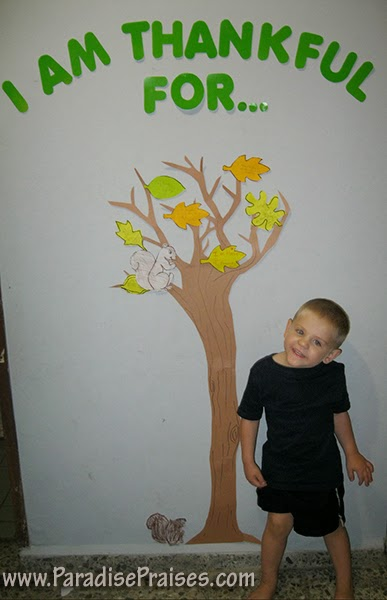 Thankfulness Tree Craft from Paradise Praises