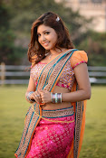 Komal Jha latest dazzling photos gallery-thumbnail-3