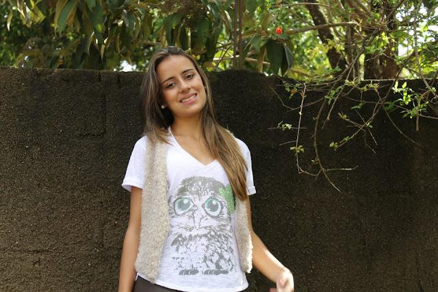 Camiseta feminina Pitanga Real com estampa de coruja
