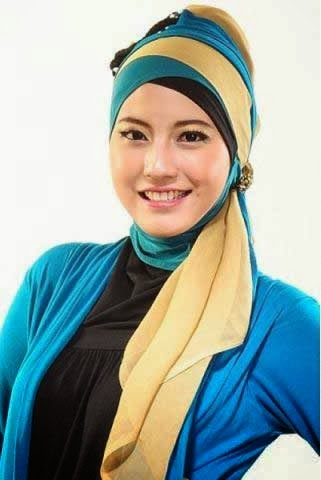 Rizkitha Aswinda Putri Foto Model Hijab Jawa Barat