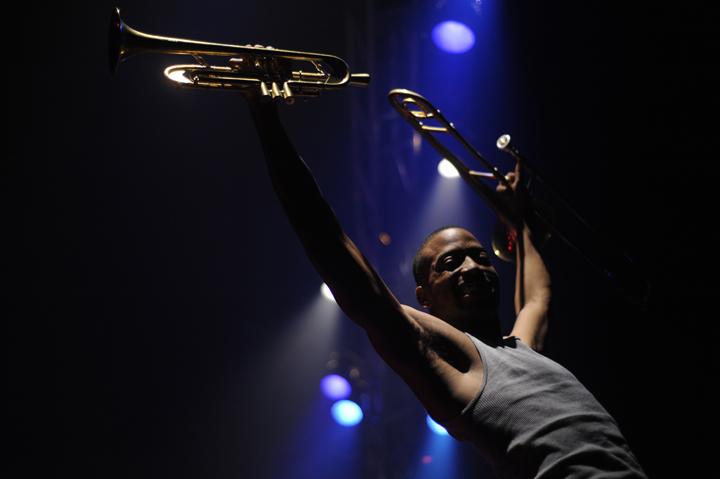 BONNE ANNEE 2012 avec Trombone Shorty…