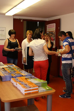 TORINO_ Ghidul, editia II, distribuit in Campania: http://tunuestisingur.blogspot.it