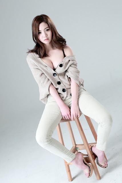 Sexy Korean Model Chae Eun