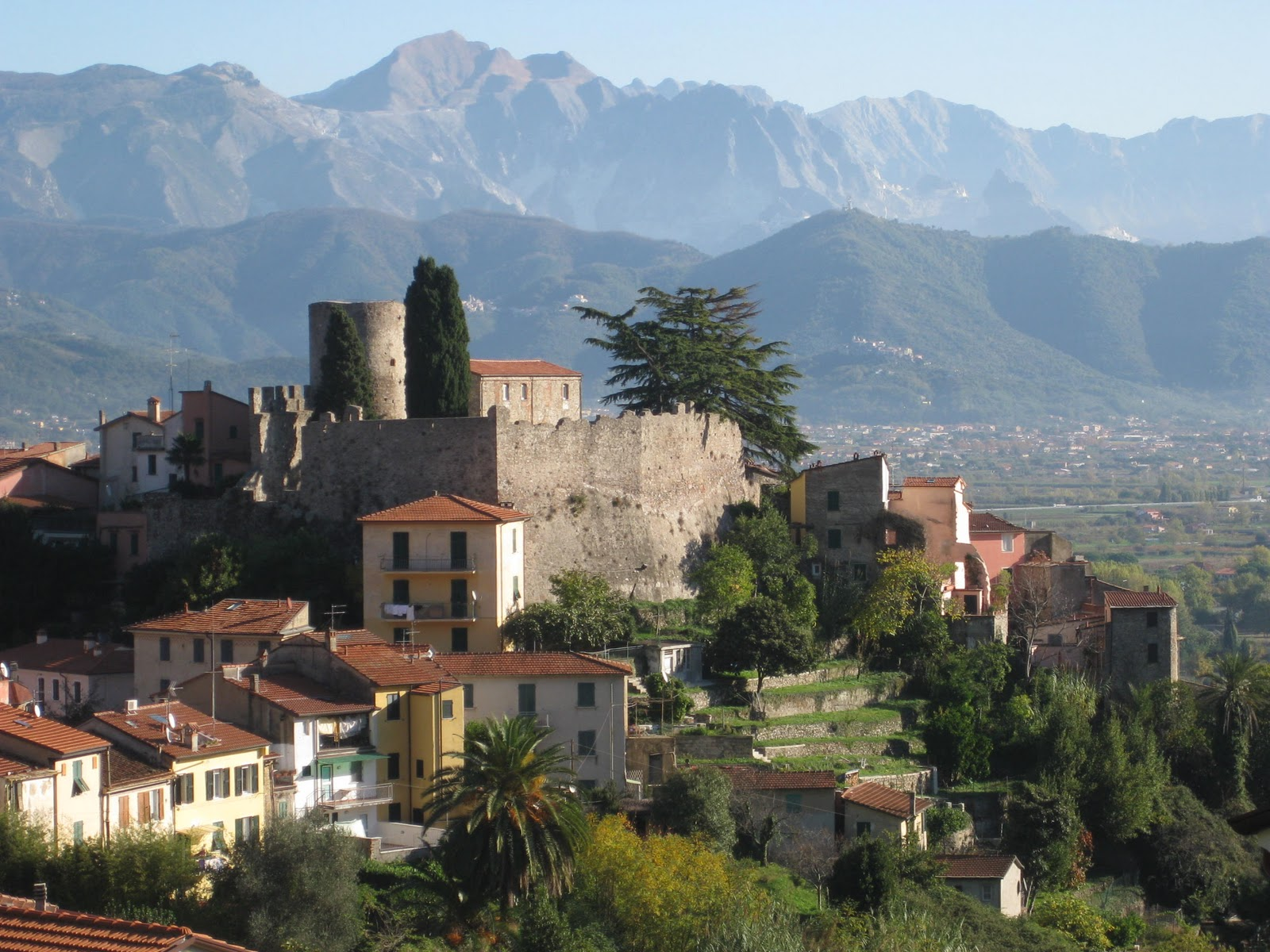 Top world travel destinations ascoli piceno italy for Best travel italy