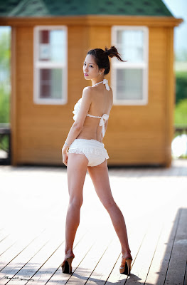 Han Min Young Sexy White Bikini
