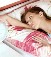 Chứng mất ngủ của chị em văn phòng và cách đối phó
