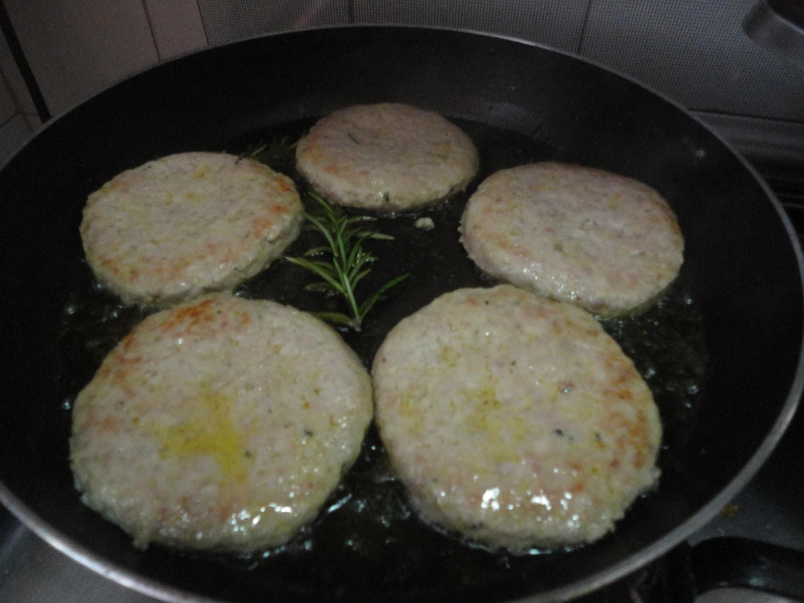 meri: hamburger in crosta - Come Cucinare Gli Hamburger In Padella