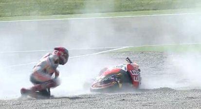 Marquez Jatuh - MotoGP Aragon 2015
