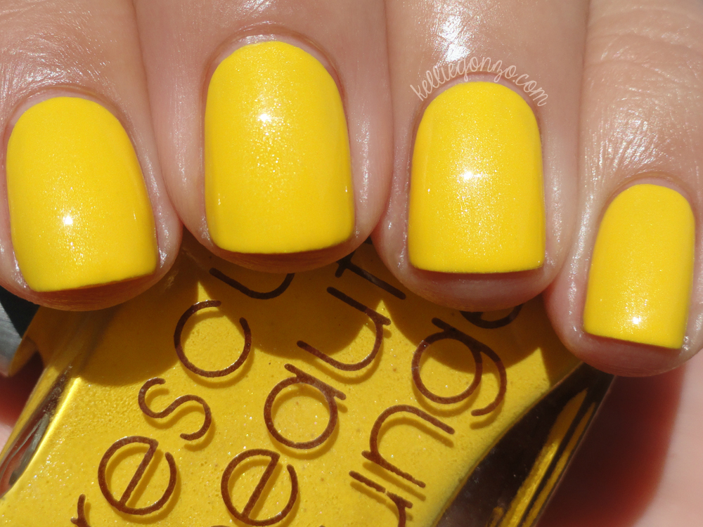 kelliegonzo: Rescue Beauty Lounge - Yellow Fever