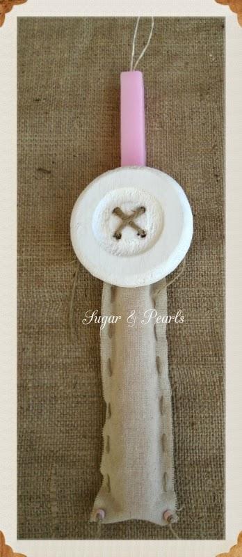 Πασχαλινή λαμπάδα ξύλινο κουμπί