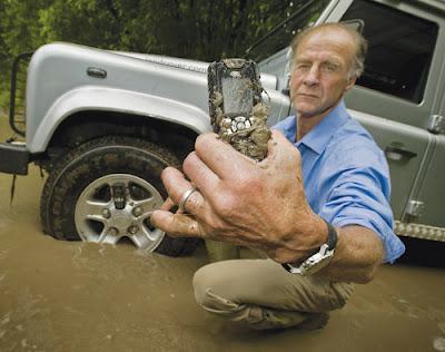 ZoomZero: Telefon terlasak di dunia - Sonim Land Rover S1