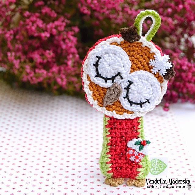 Christmas sleeping owl by VendulkaM