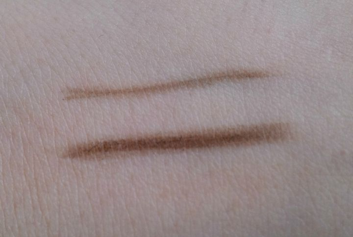 UNT Color Cosmetics BM05 Dark Brown swatch swatches Brow Master Dual Ended Brow Pencil
