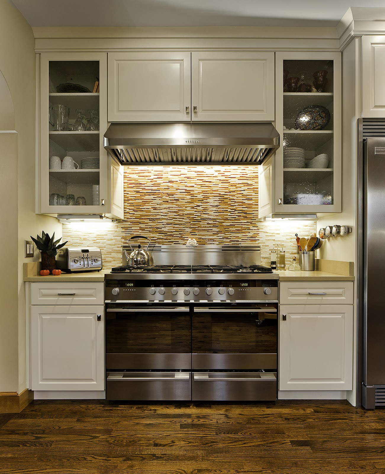 Eclectic White Kitchen: Christa Pirl Furniture & Interiors: THE ECLECTIC KITCHEN