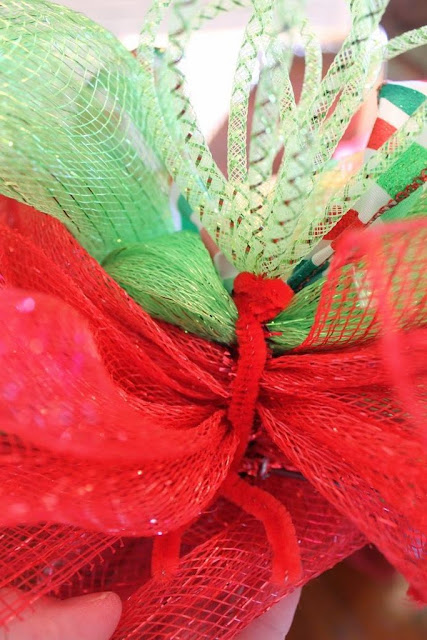 mesh wreath embellishments
