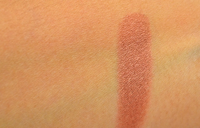 Honour_Blush_by_Sleek_Make_Up_Swatch_ObeBlog_02