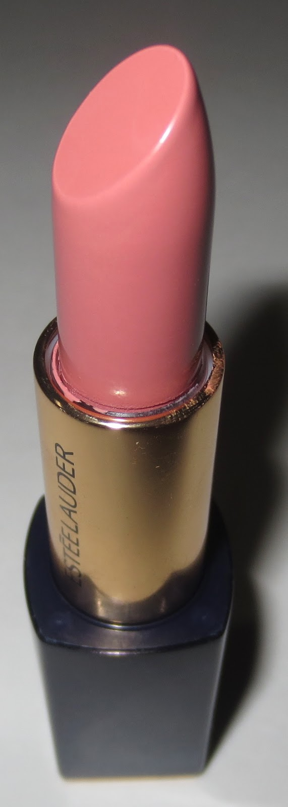 Estée Lauder Pure Color Envy Sculpting Lipstick in Desirable
