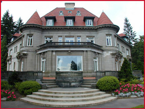 Never a niche travel oregon the pittock mansion of for Building a house in portland oregon