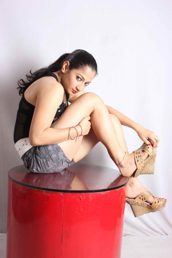 Niharika Sharma wallpaeprs