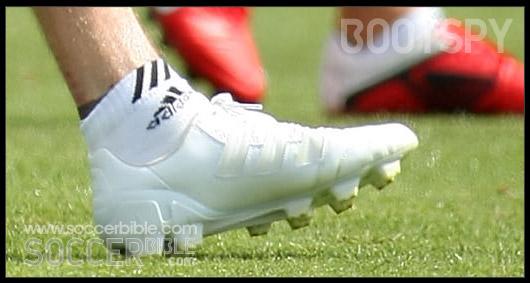 adidas predator adipower. David Beckham: nuevos botines