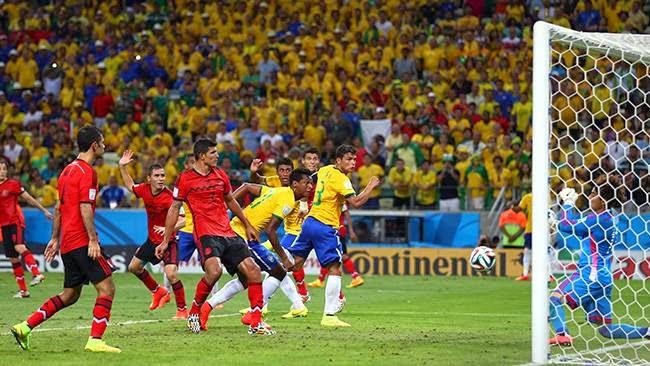 تعادل جميل بين المكسيك والبرازيل