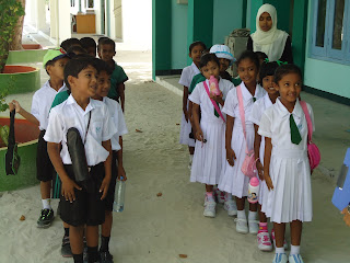 holiday to the maldives school kids