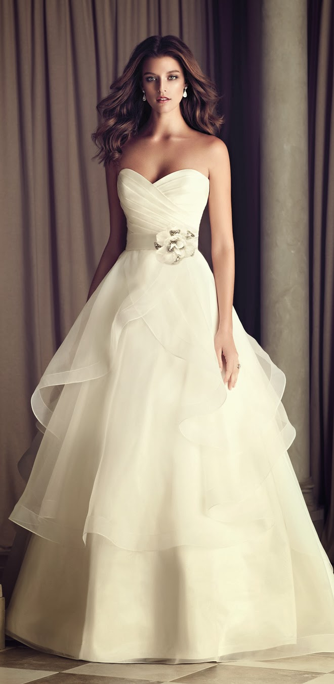 Win A Dream Dress By Paloma Blanca The Wedding Blog