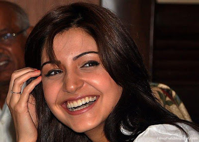 Anushka Sharma smiling