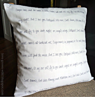 Lullaby Lyric Pillow www.lovegrowswild.com #pillow #diy #baby