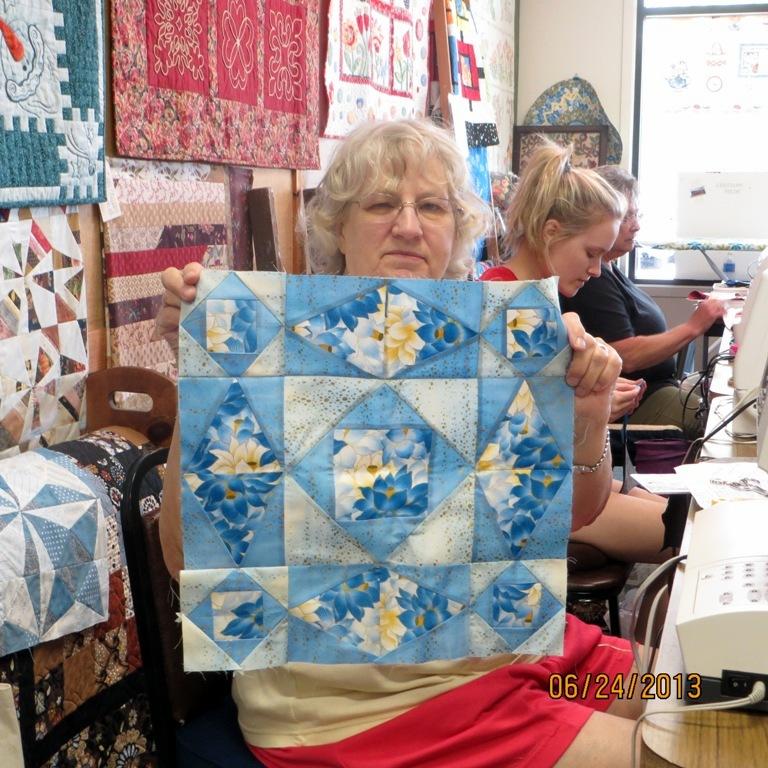 Attic Window Quilt Shop: NEW TEACHER AT ATTIC WINDOW QUILT SHOP : knights quilt shop - Adamdwight.com