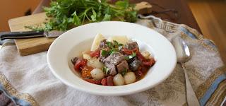 Slow Cooker Beef Marengo: simplelivingeating.com