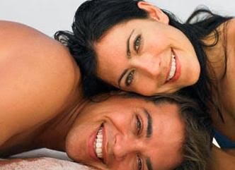 كيف تجعلي حياتك الزوجية شهر عسل دائم  - رجل امرأة حب رومانسية عشق غرام زوجية سعادة سعداء - happy couple marreid man woman romance love