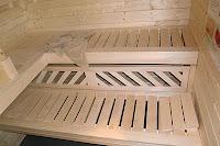 Eine Bank für die Sauna