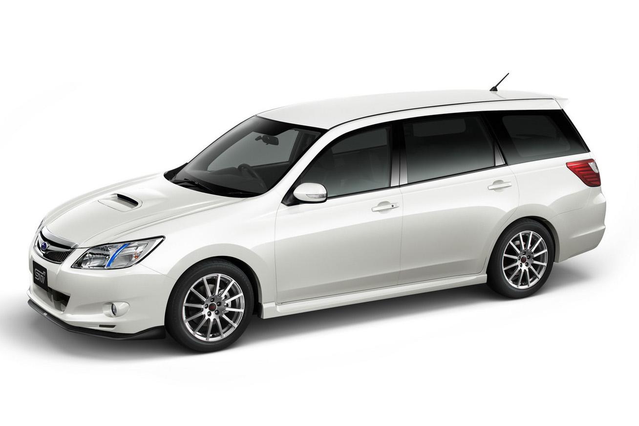Subaru Exiga  AUTO REVIEW